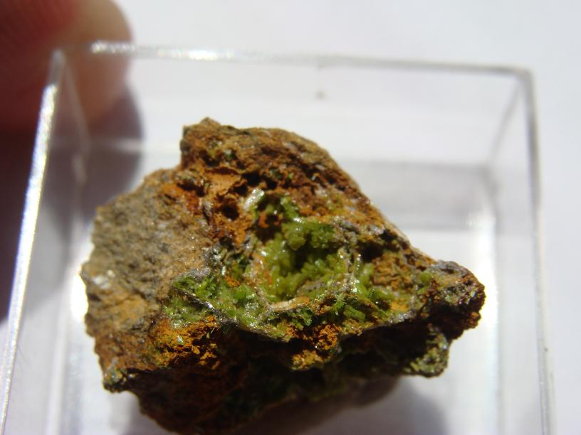 Pyromorphite de Longvilly et mine de plomb DSC03497