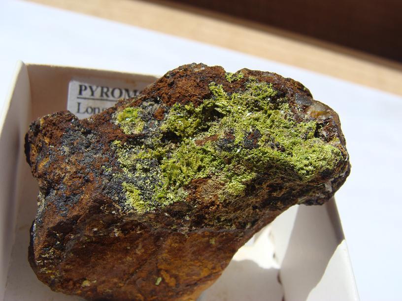 Pyromorphite de Longvilly et mine de plomb DSC03499