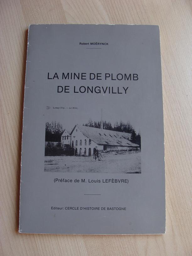 Pyromorphite de Longvilly et mine de plomb DSC03506